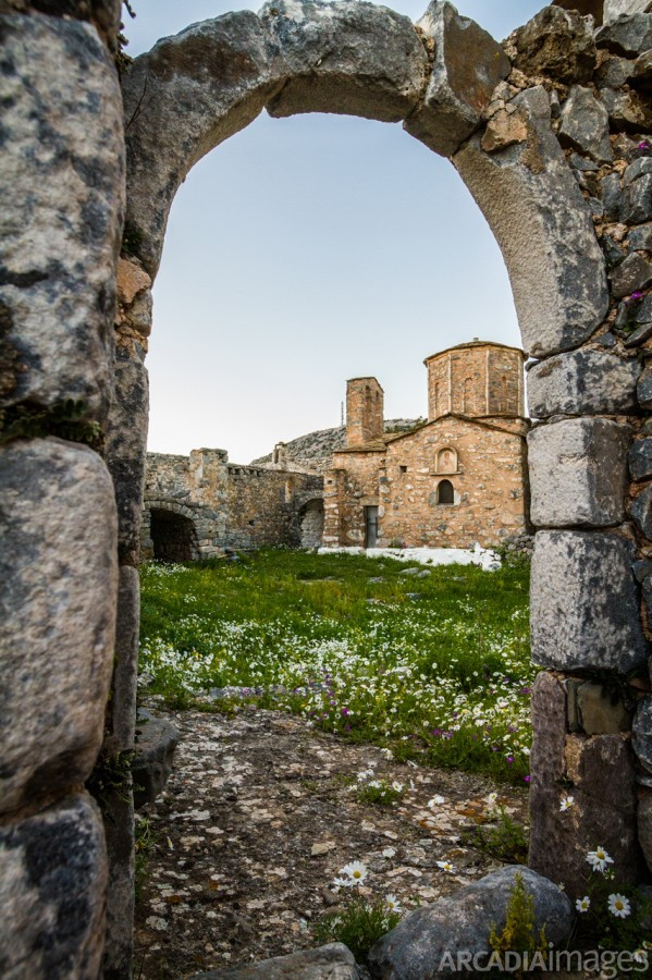 Ruins in the abandoned Sotiros Monastery, founded in 1500 AD. Kotronas, Mani, Laconia, Peloponnese
