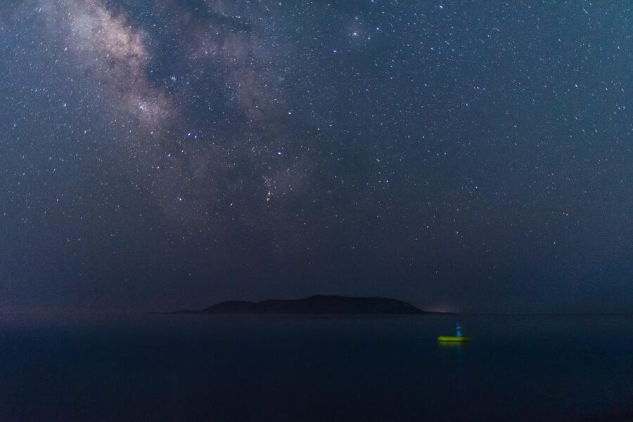 Νήσος Σχίζα τα μεσάνυχτα - © Θεόδωρος Παπαγεωργίου